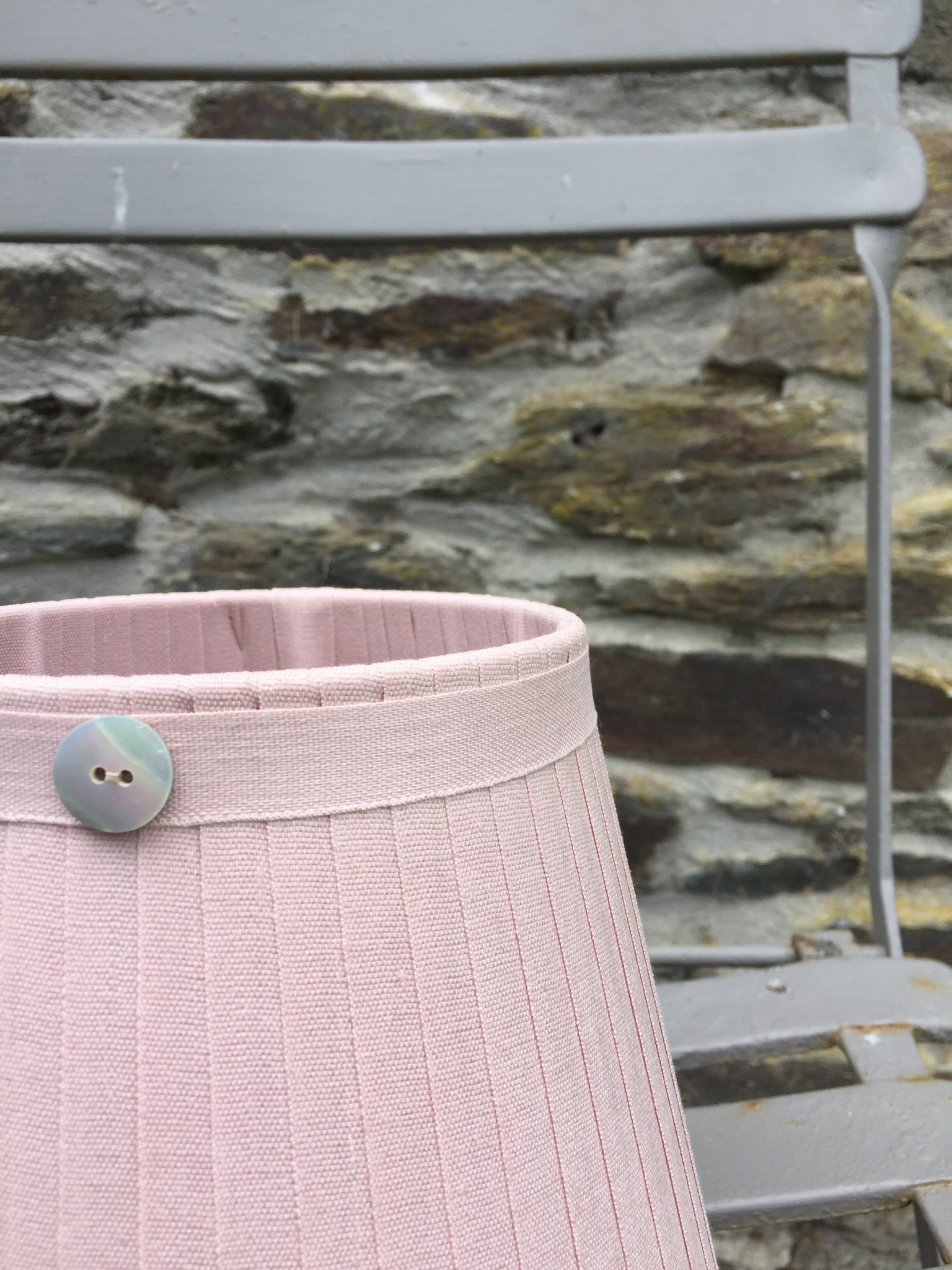 Grace Linen Lampshade pink button www.bay-design.co.uk